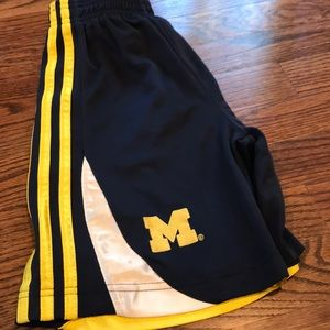Adidas Michigan boys basketball shorts sz 7